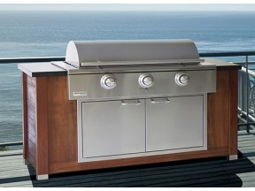 The Rockwell Pro Series Built-In Social Grill by Caliber