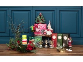 Aronica and Puck candle Holiday gift set